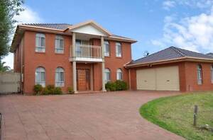 7 Bedroom, 4 Bathroom, 2 Kitchen Home Perfect For the Extended Fa Bundoora Banyule Area Preview