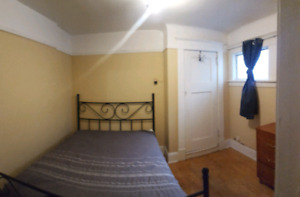 October - Room for rent in central location!