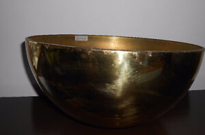 GOLD TONE METAL PLANT POT