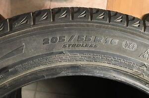 4 pneus d'hiver Michelin X-Ice-2, grandeur 205/55/16