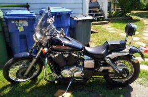 2002 Honda Shadow Spirit Moto. VT750