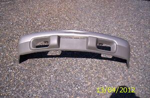 Diverse Pieces provenant d'un Chevrolet Blazer LS 2001 . . .