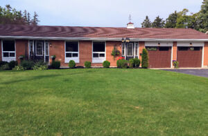 Bungalow with pool for sale - Town of Minto, Harriston