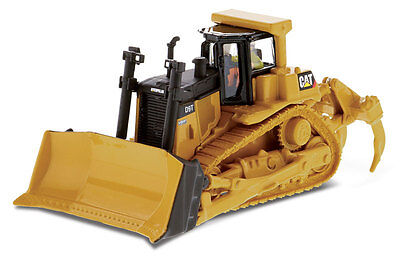 HO 1:87 DIECAST MASTERS 85209 Caterpillar D9T Track Tractor w/ Operator Figure