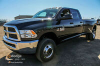 2015 DODGE RAM 3500 ST DIESEL C/C DUALLY IT'S A WORKHORSE !!