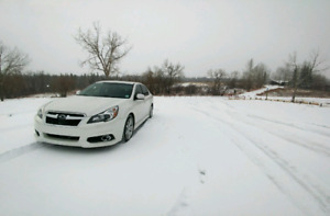 2014 subaru Legacy 3.6R with winter tires