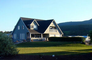 4887 S. Grandview Flats Road, Armstrong - Great location!