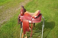 Roping saddle for sale