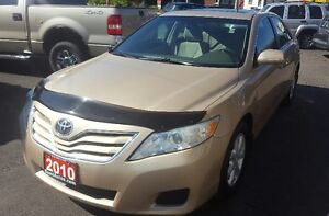 2010 Toyota Camry LE Sedan ACCIDENT FREE BLUE TOOTH SUNROOF
