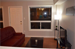 FEMALE ONLY- MONTH TO MONTH- ALL INCLUSIVE- SUMMER SUBLET London Ontario image 4