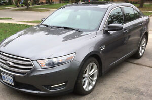 Priced to sell!! 2013 AWD Ford Taurus