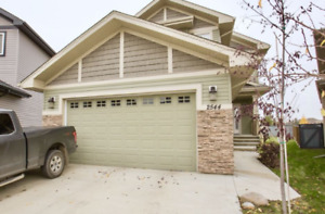 BACKING ONTO PLAYGROUND & GREEN SPACE 3 BED 4 BATH 2,500 sqft