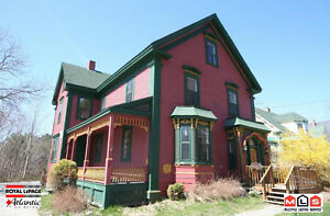 436 Main St, Mahone Bay- Mary Garland -Own a Restaurant