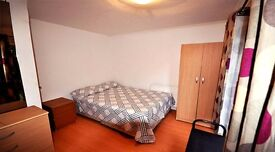 Single room to rent for a student or a young professional