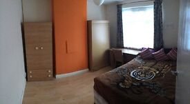 double room in west ham zone two