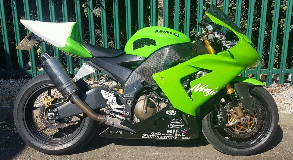 Kawasaki Zx10r 2005 Track Bike With V5 And Mot Zx10 Ninja