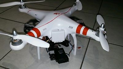Fig. 12. - Mounting on Phatom 1(with easy access to battery door) and Phantom 2