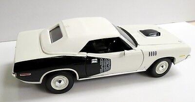 ERTL 1971 CUDA White Top Convertible 383 WHITE BLACK BILLBOARD 71 Diecast 1/18