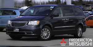 2014 Chrysler Town & Country TOURING L! LEATHER! DVD!