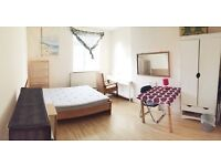 Big double room for single in Charlton from