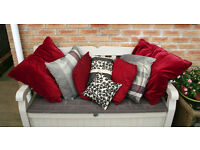 Selection of 8 cushions of various sizes