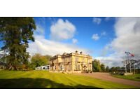 Superb en-suite room in Grade B Listed mansion inclusive of all outgoings and free parking