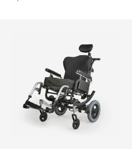 Adult Manual Dynamic Tilt Wheelchair - Only a few months old