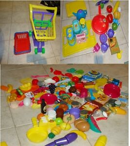 Toy Food and Accessories