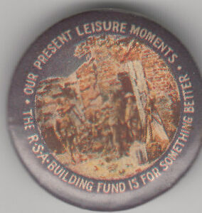 WW1-Australia-ANZAC-RSA-Building-Fund-Leisure-Moments-32mm-tin-badge-soldiers