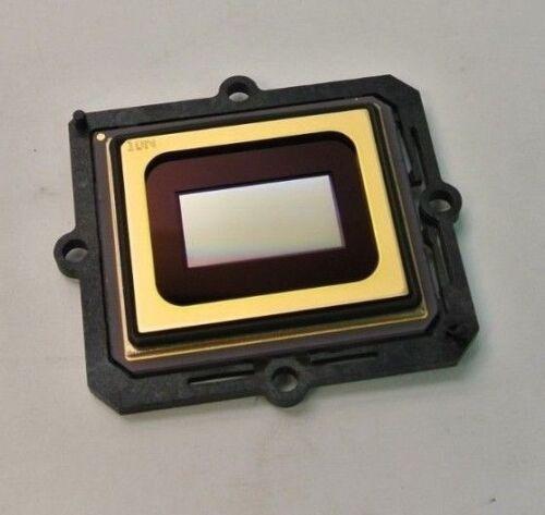 Christie CP2000-X X2010-3022 1500803 61C875Y 110403E DLP Chip