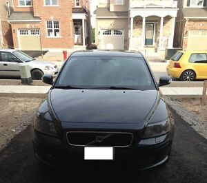 2007 Volvo S40 T5 Sedan - Black, Manual Transmission
