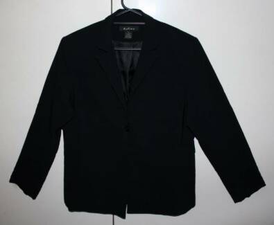 Women's Black Work Suit (Jacket & Pants Size 18) RRP $240