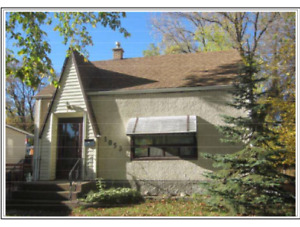 Great 2 bedroom home in West Fort Garry