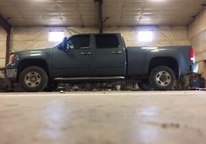 AWESOME TRUCK NEED GONE THIS WEEK GUVE ME AN OFFER