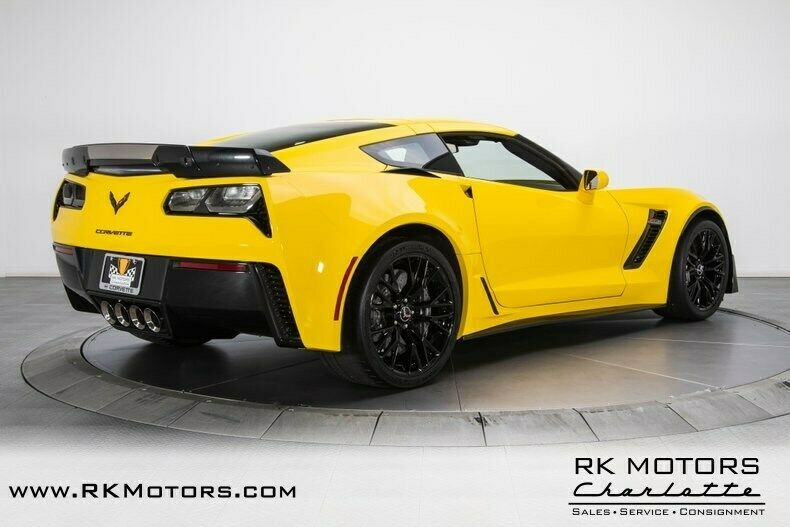 2015 Yellow Chevrolet Corvette Z07 3LZ | C7 Corvette Photo 2