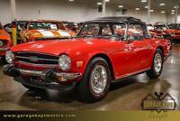 Miniature 7 Voiture American classic Triumph TR-6 1975