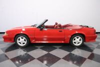 Miniature 8 Voiture Américaine d'occasion Ford Mustang 1991