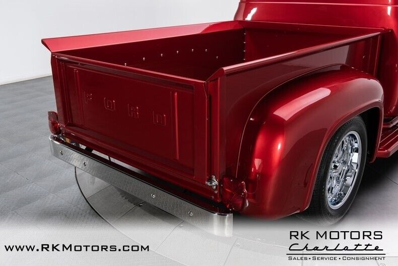 Image 22 Voiture American classic Ford F-100 1953