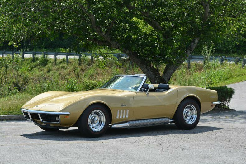 1969 Gold Chevrolet Corvette Convertible  | C3 Corvette Photo 1