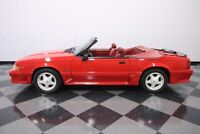 Miniature 3 Voiture Américaine d'occasion Ford Mustang 1991