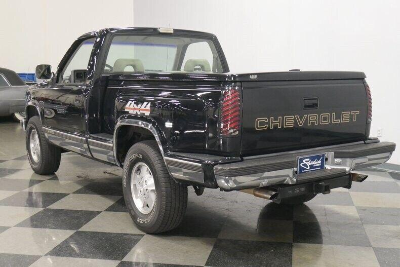 Image 10 Voiture Américaine d'occasion C-K Pickup 1500 1993