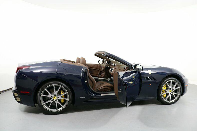 Image 24 Voiture American used Ferrari California 2011