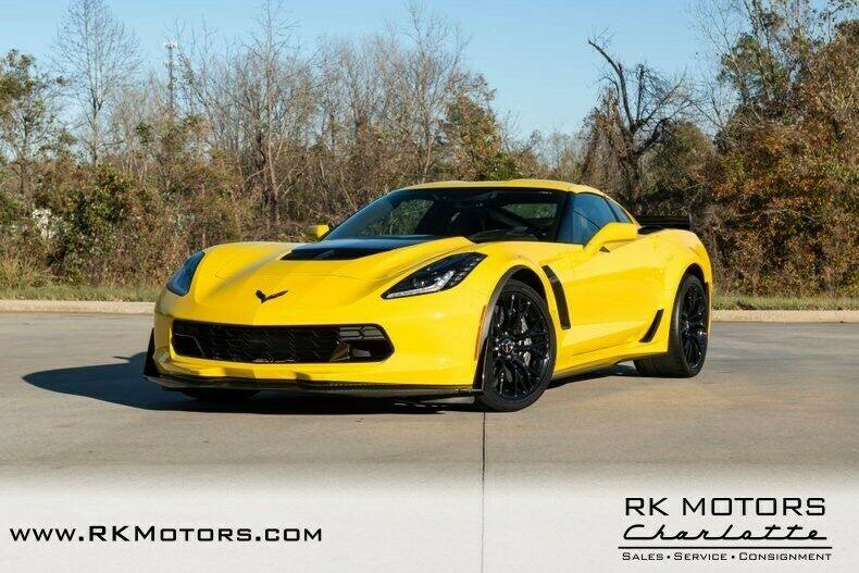 2015 Yellow Chevrolet Corvette Z07 3LZ | C7 Corvette Photo 3