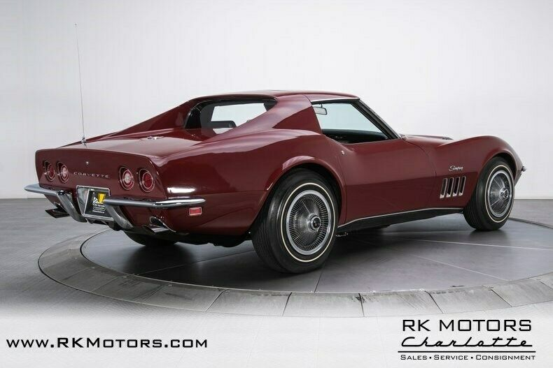 1969 Burgundy Chevrolet Corvette   | C3 Corvette Photo 2