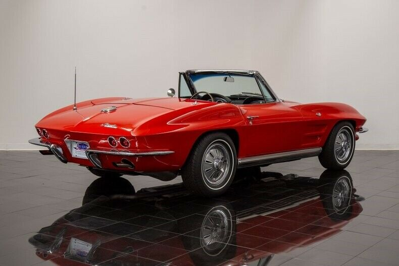 1964 Red Chevrolet Corvette Convertible  | C2 Corvette Photo 4