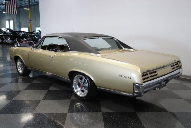 Image 10 Voiture Américaine de collection Pontiac GTO 1967