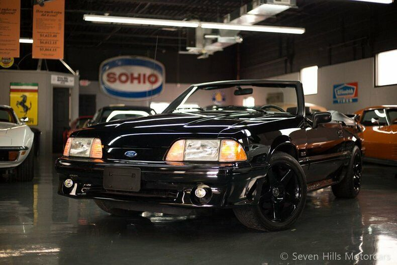 Image 1 Voiture American used Ford Mustang 1992