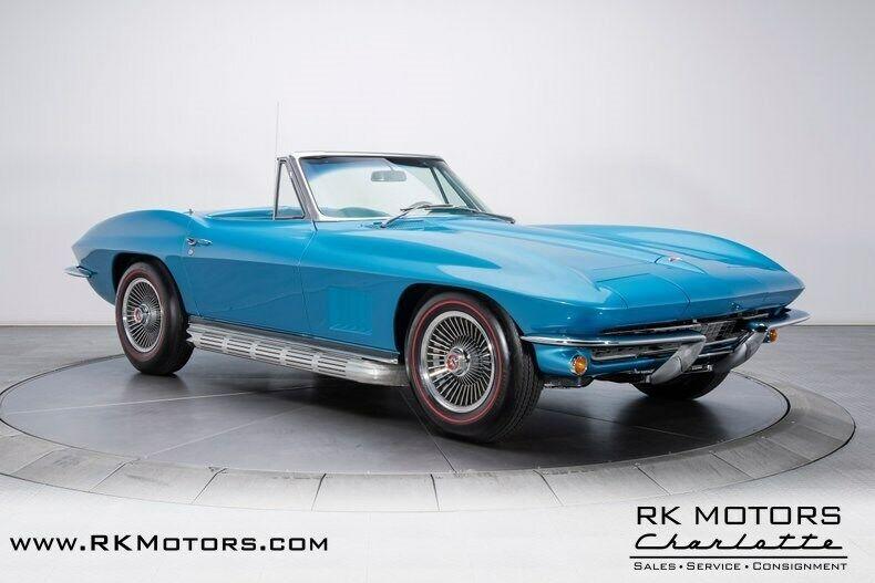 1967 Blue Chevrolet Corvette   | C2 Corvette Photo 10