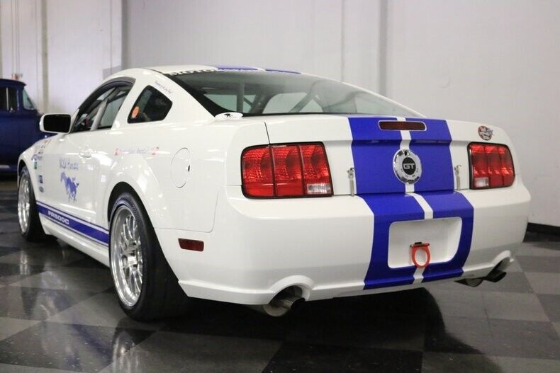 Image 11 Voiture American used Ford Mustang 2008