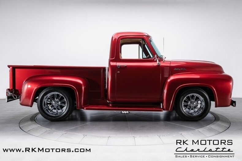 Image 10 Voiture American classic Ford F-100 1953